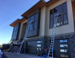 Commercial window cleaning in Florida